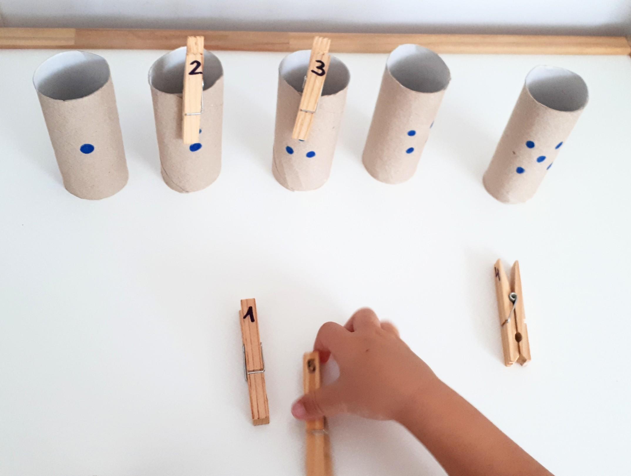 manualidades infantiles con rollos de papel