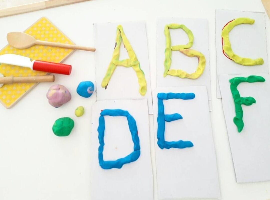hacer letras con plastilina
