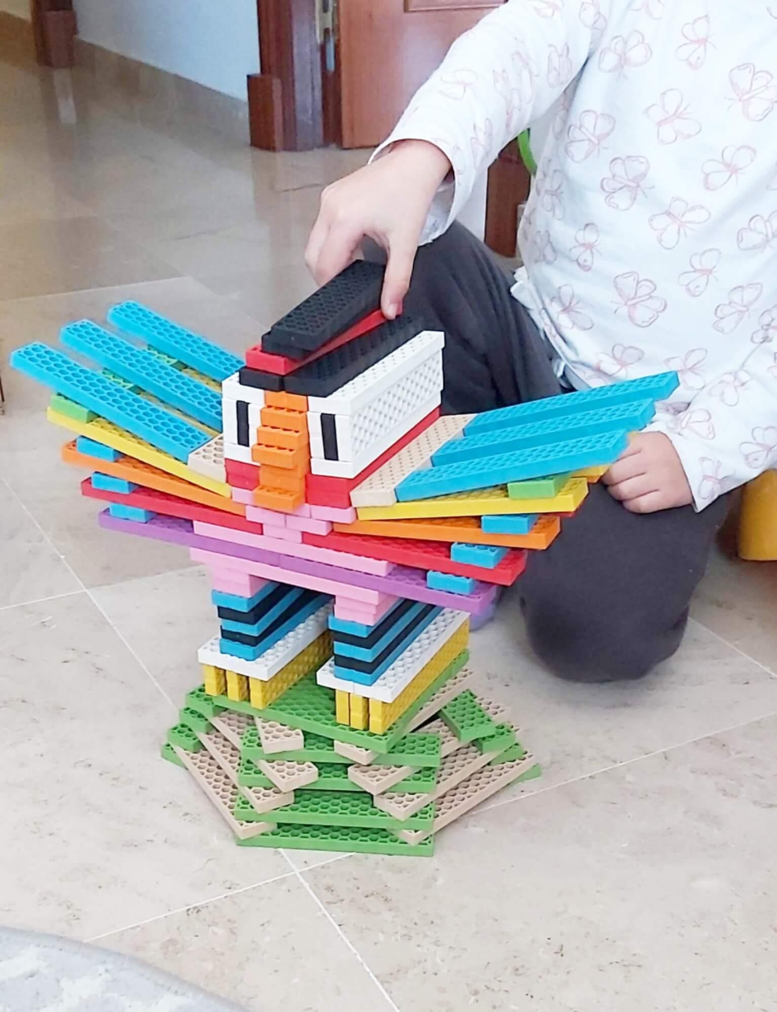 jugar con bloques y construcciones 2
