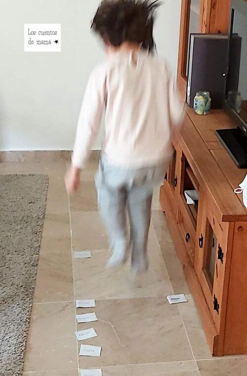 actividades de motricidad gruesa en casa para niños